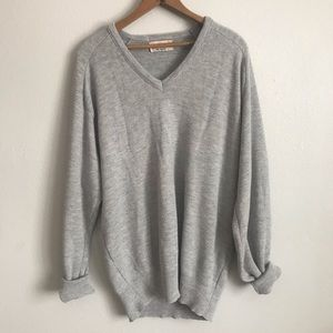 Oversized vintage comfy cozy vneck sweater